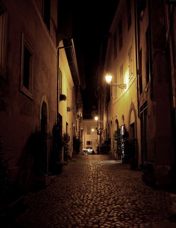 via della Reginella, Roma