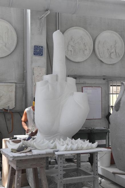 Studi d'Arte Cave Michelangelo - Maurizio Cattelan